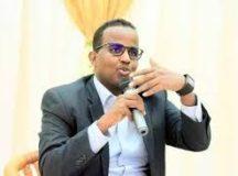 Wasiirkii hore ee Daakhiliga Somalia oo ku eedeeyay M/weyne  Farmaajo inuu qorsheynayo inuu Dhisto Boqortooyo